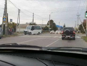 ДТП на ул. Комарова